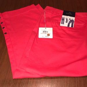 Rafaella Red Curvy Pants Slim Capri NWT Size 10